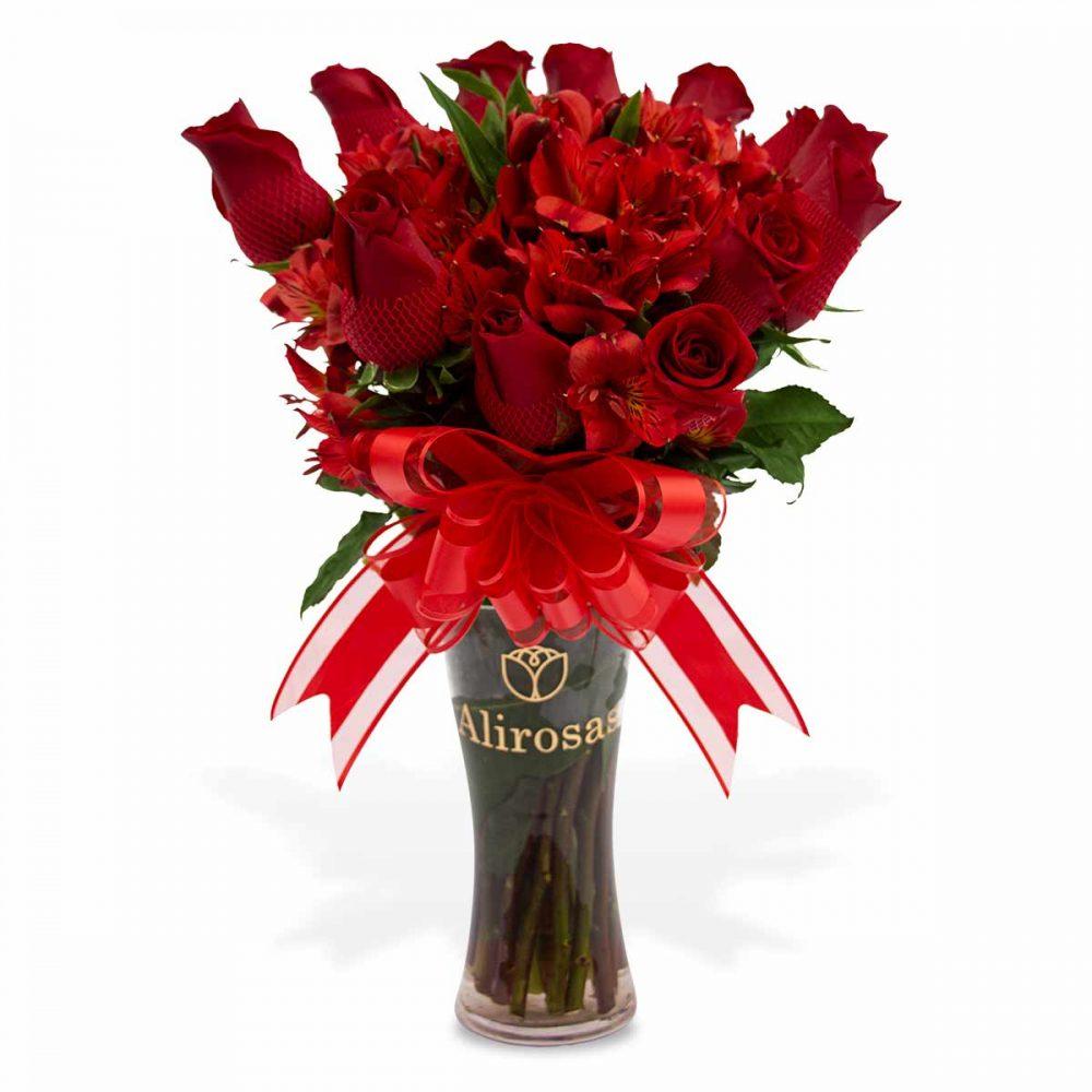 El mejor florero con 12 rosas para cumpleaños