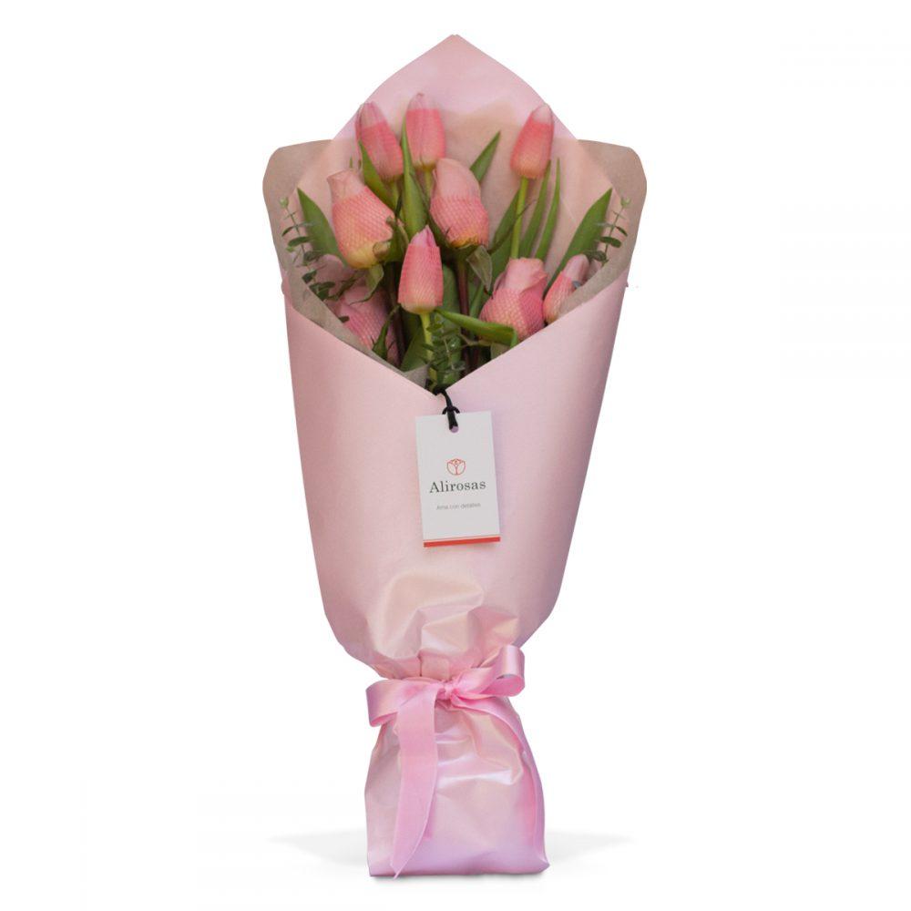 Ramo de Tulipanes y Rosas